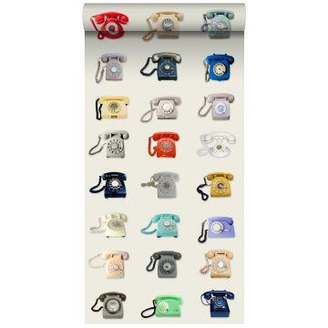 vlies wallpaper XXL retro telefoons beige, grijs, rood en blauw