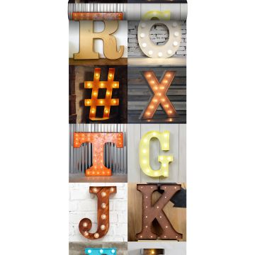 vlies wallpaper XXL houten marquee letters oranje, beige, grijs, rood en blauw