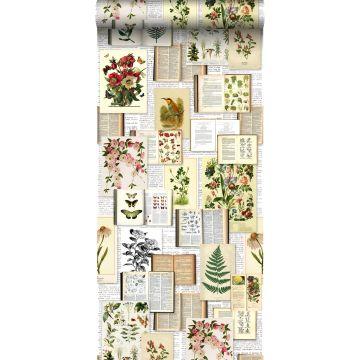 vlies wallpaper XXL bladzijden botanisch bloemen en planten boek licht crème beige, groen, bruin en okergeel
